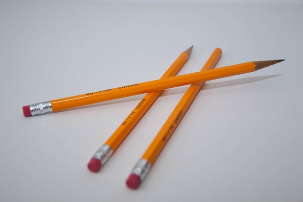 Pencil gan Andrew Taylor (Flikr) Trwydded Creative Commons